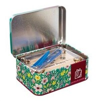 Apples to Pears Flower Pressing Kit in a Tin